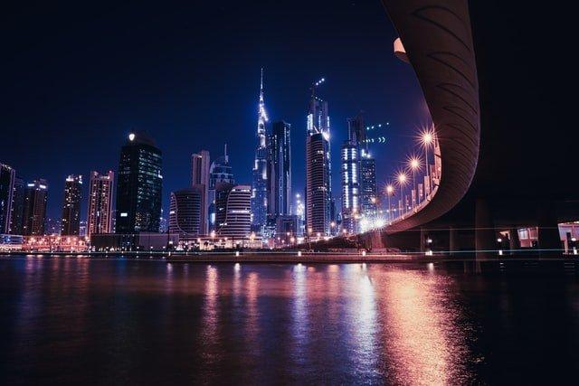 Live in Dubai